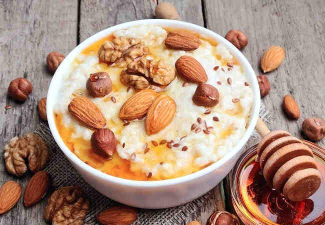 Découvrez notre derniere recette de porridge protéiné à la whey bio pour bien commencer la journée